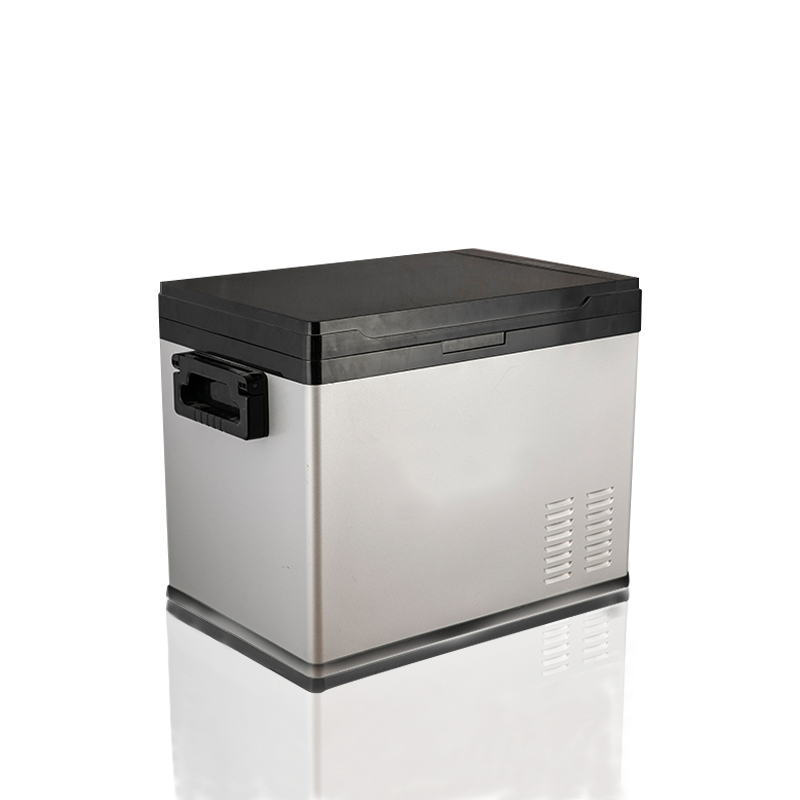 BERING BLCF40 40L Mini Car Fridge Freezer